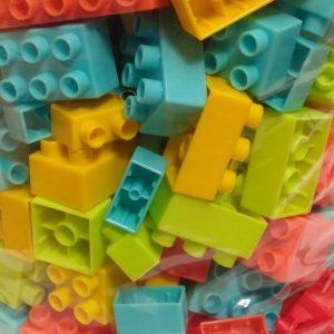 bolsa-bloques-ladrillos-duravit-240-piezas-juegos-juguetes-D_NQ_NP_980032-MLA28884251506_122018-F